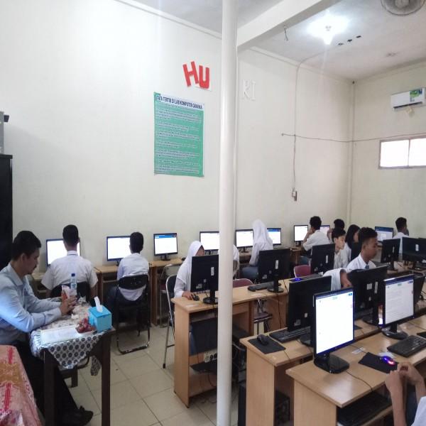 Ujian Nasional Berbasis Komputer 2019 - (UNBK 2019) di SMK GRAFIKA KOTA TANGERANG